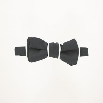 Black Pipe Edge Bow Tie