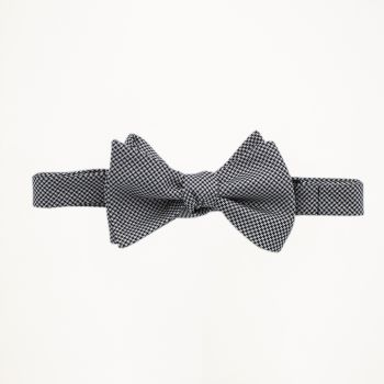Houndstooth Patterned Bow Tie