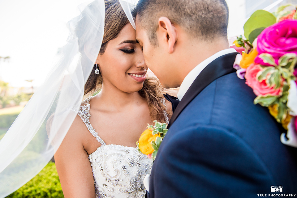 Summer-Chic Wedding at the Hotel Del Coronado