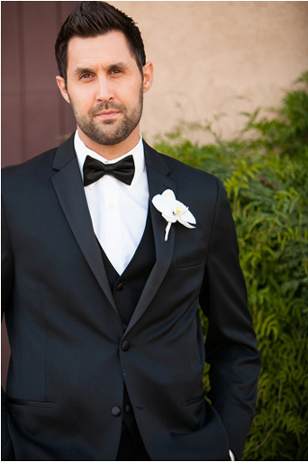 Black Desire tuxedo, Michael kors tuxedo, slim fit, gershon bachus vintners, Temecula wedding, Michelle Garibay events, if you are thinking about a destination wedding, wine country, gold wedding, boutique feel, luxury, luxurious, lavish, elegant, regal, Jaime elyse couture, groom 1