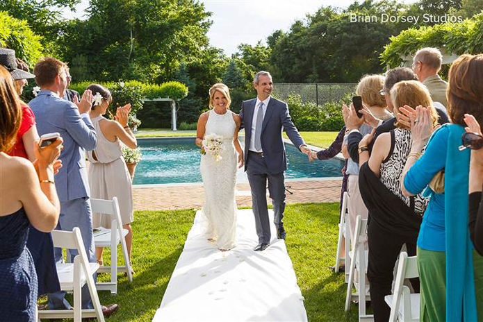 Celebrity wedding, 2014 celebrity wedding, Hollywood wedding, styles, destination wedding, Katie couric, yahoo! Global news anchor, john molner, celebrity tuxedos, celebrity suits, non-traditional, east Hampton wedding, backyard wedding, new York wedding, intimate, laid-back, small wedding, katie couric john molner wedding ceremony