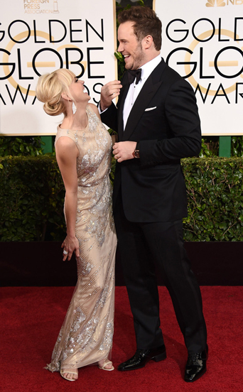 Chris Pratt and Anna Farris, Guardians of the Galaxy star, classic black tuxedo, wide peak lapel, large bow tie, panerai watch, golden globe awards, golden globes 2015, celebrity tuxedo, red carpet, red carpet ready, Hollywood, Hollywood styles, celebrity styles, black tie event, formal, award show, anna and chris