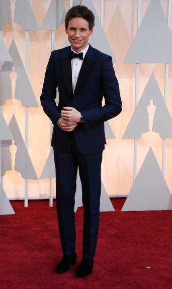 The academy award, academy awards, academy award 2015, academy awards 2015, Oscars, Oscar, Oscars 2015, Oscar 2015, 87th academy award show, the Oscars 2015, academy awards best tuxedo style, best dressed of the academy awards, best dressed of the Oscars, best dressed men at the 2015 academy awards, film award show, cinematic award show, celebrity tuxedo, red carpet, red carpet ready, different tuxedo styles, unique tuxedo styles, tuxedo styles 2015, tuxedo trends, new tuxedo styles 2015, tuxedo advice, popular tuxedo styles, best looking tuxedo, Hollywood, Hollywood styles, celebrity styles, black tie event, formal, award show, celebrity inspired tuxedo, best looking tuxedo, eddie redmayne navy tuxedo, blue tuxedo, navy tuxedo, james bond inspired tuxedo, blue is the new black