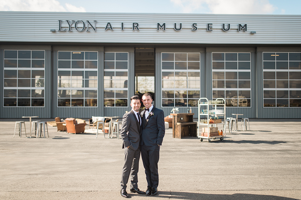 Mixed Metal Wedding Design at Lyon Air Museum
