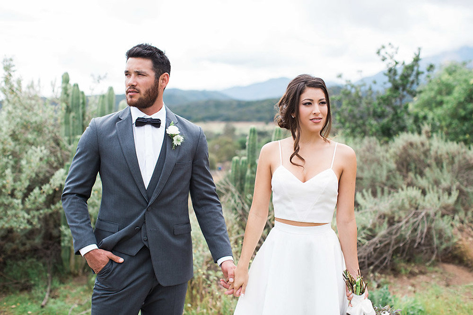 Minimal Rustic Wedding in Ojai