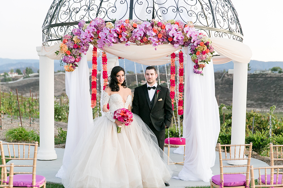 A Colorful Vineyard Glam Wedding That Wows