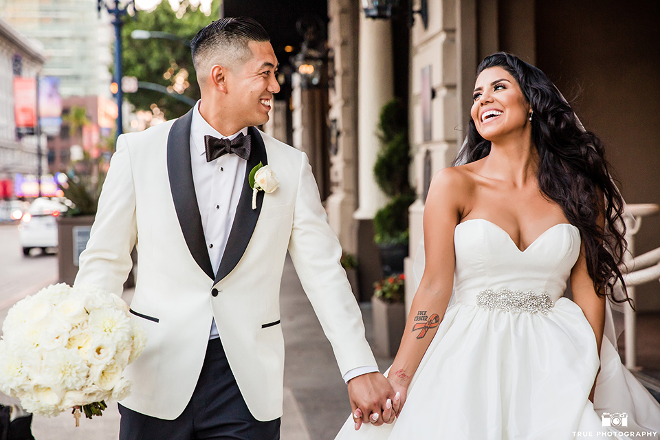 Glamorous San Diego City Wedding