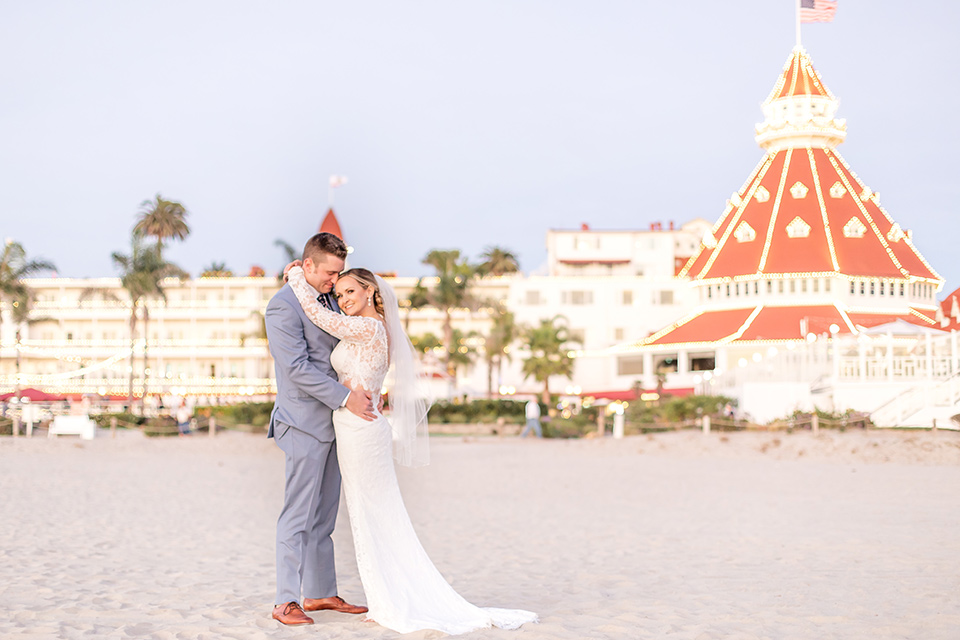 Romantic Wedding at the Iconic Hotel Del Coronado